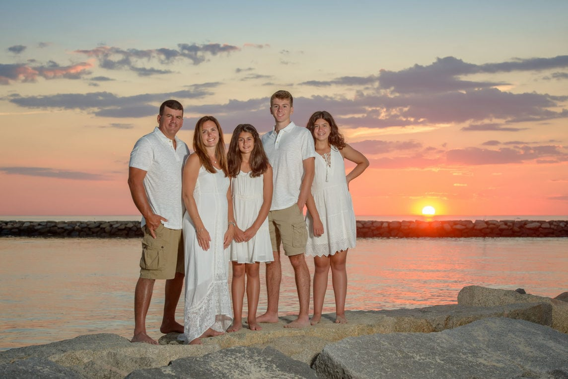cape-cod-family-portrait-at-sunset